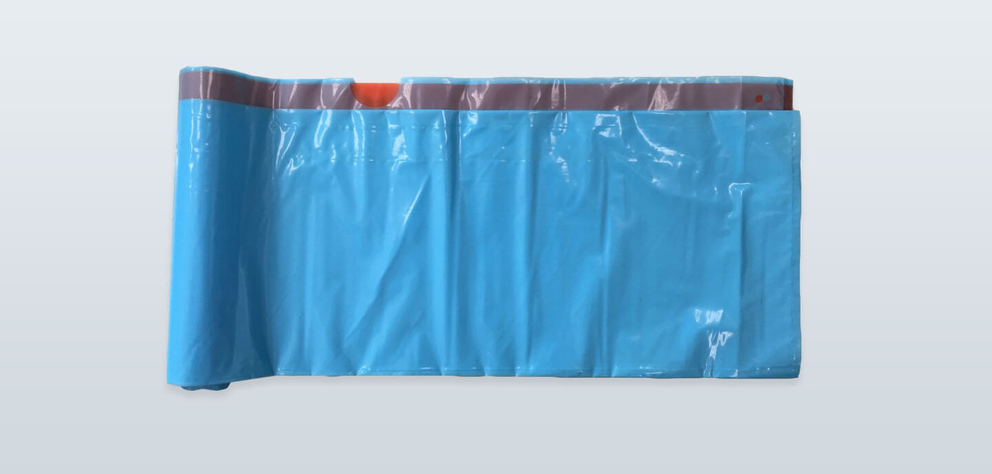 Drawtape garbage bag on roll